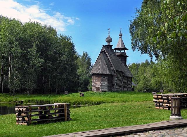 rybník u kostela