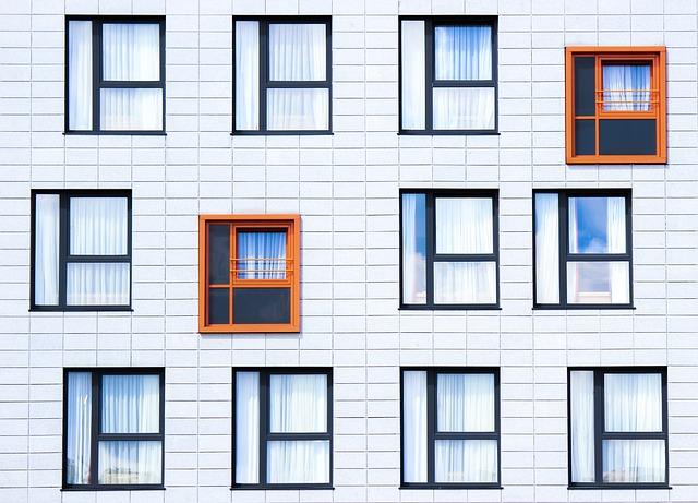 divná okna